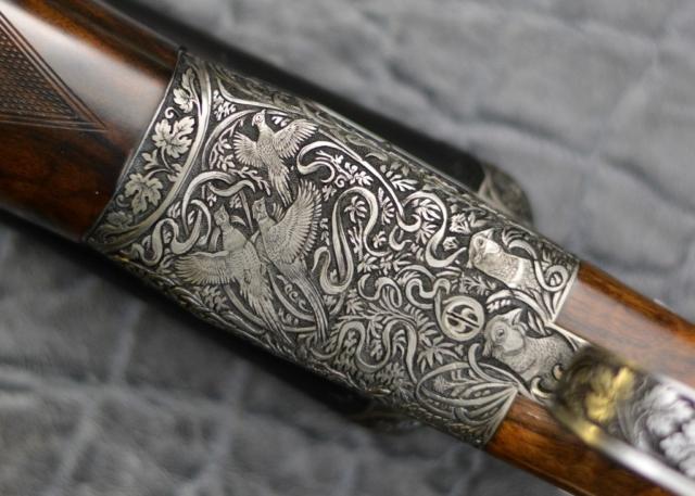 Game in Cover Gun Engraving Pattern